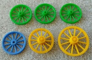 Lot-of-6-Original-1950-039-s-MARX-Fort-Apache-Stockade-WAGON-WHEELS-Varied-Styles