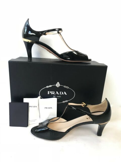 PRADA 7.5 Vernice Low High Heel Black
