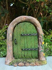 Miniature-Dollhouse-FAIRY-GARDEN-Gnome-Mini-Colorful-Opening-Door-GREEN-New