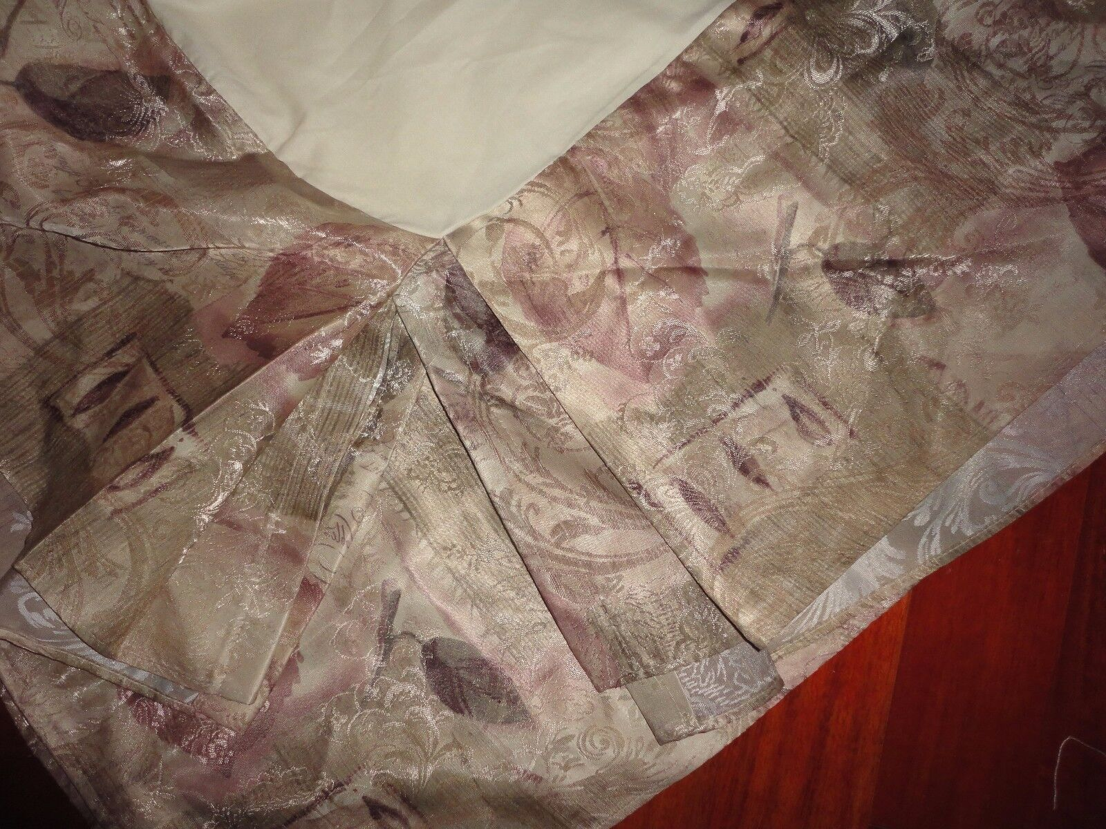 CROSCILL MEMOIRS MAUVE TAUPE gold LETTERS LEAVES QUEEN BEDSKIRT 14