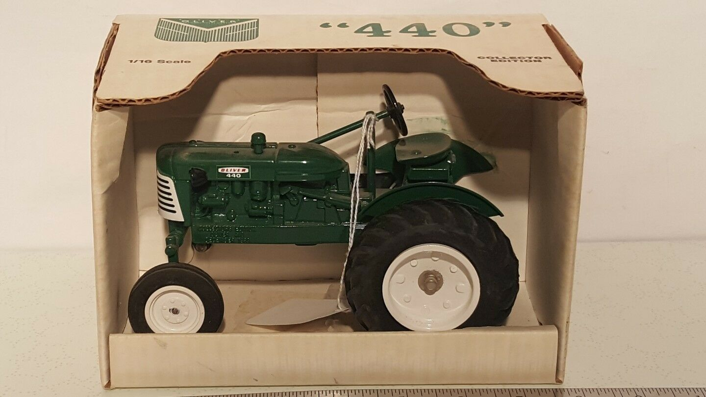 Oliver 440 1 16 die-cast metal farm tractor replica collectible by SpecCast
