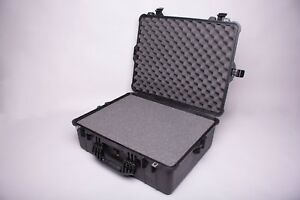 PELICAN-1600-Large-Case-w-Pick-and-Pluck-Foam-Black