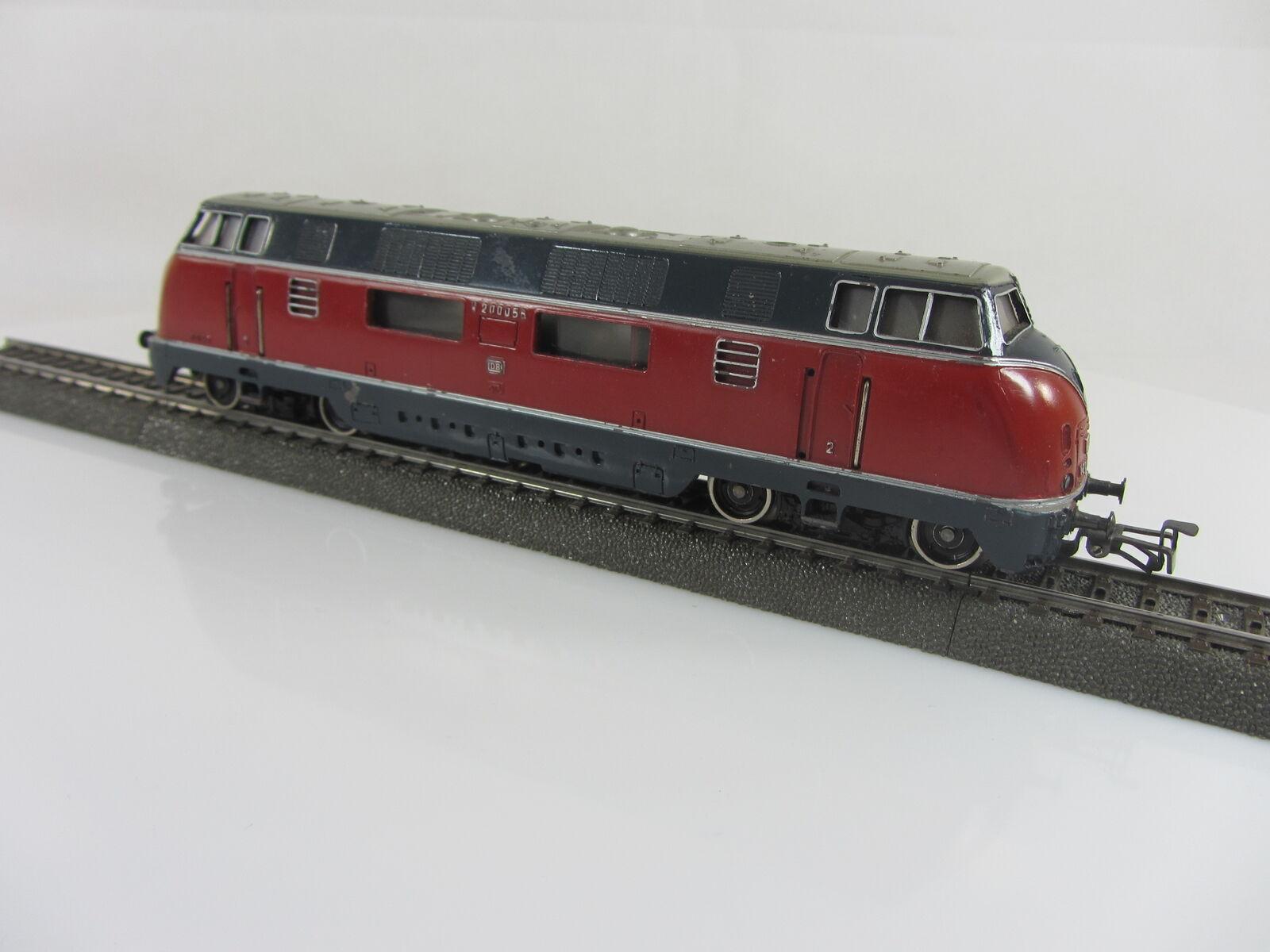 3021 DIESEL BR v200 056 delle DB in rosso, usato, senza imballaggio