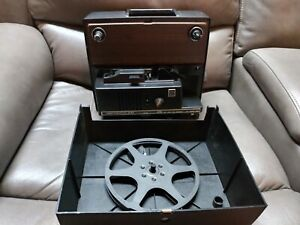 VINTAGE-KODAK-INSTAMATIC-M67-K-SUPER-8-8MM-MOVIE-PROJECTOR-UNTESTED-w-REEL