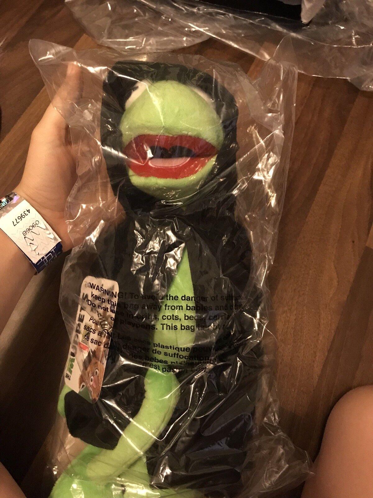 Sdcc 2018 Exclusive Dark Kermit Ucc Distributing