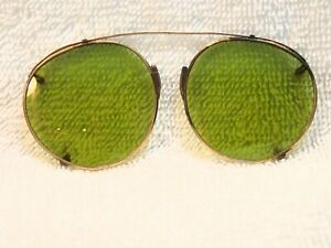 1930-FUL-VUE-OR-034-P-3-034-SHAPE-CLIP-ON-GREEN-SUNGLASSES-BY-AMERICAN-OPTICAL