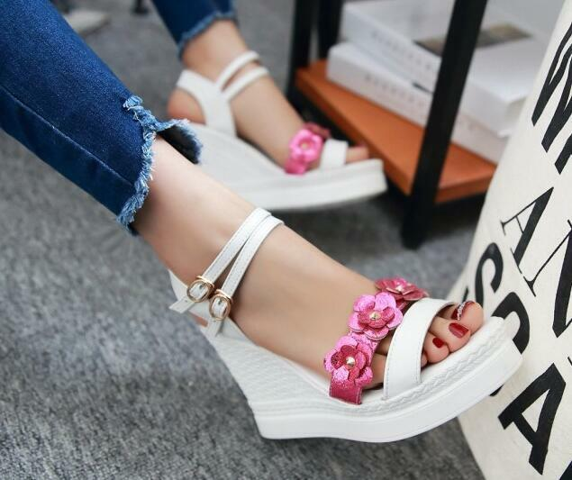 Último gran descuento Sandalias de mujer abierto blanco rosa flores cuña plataforma 10 cm elegantes