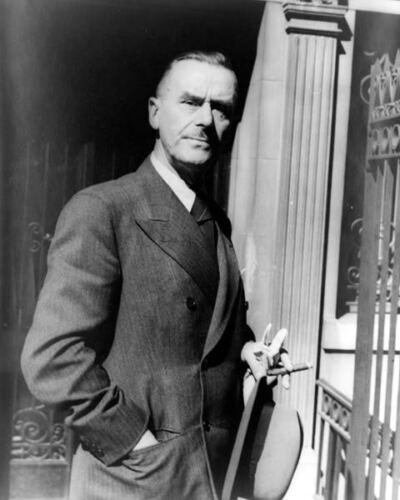 GERMAN NOVELIST LAUREATE THOMAS MANN 8X10 PHOTO 1937