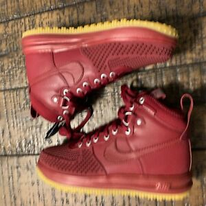 ee12c0efd565 Rare Nike Lunar Force 1 Duckboot  Team Red Gum  Size 7.5 805899 600 ...