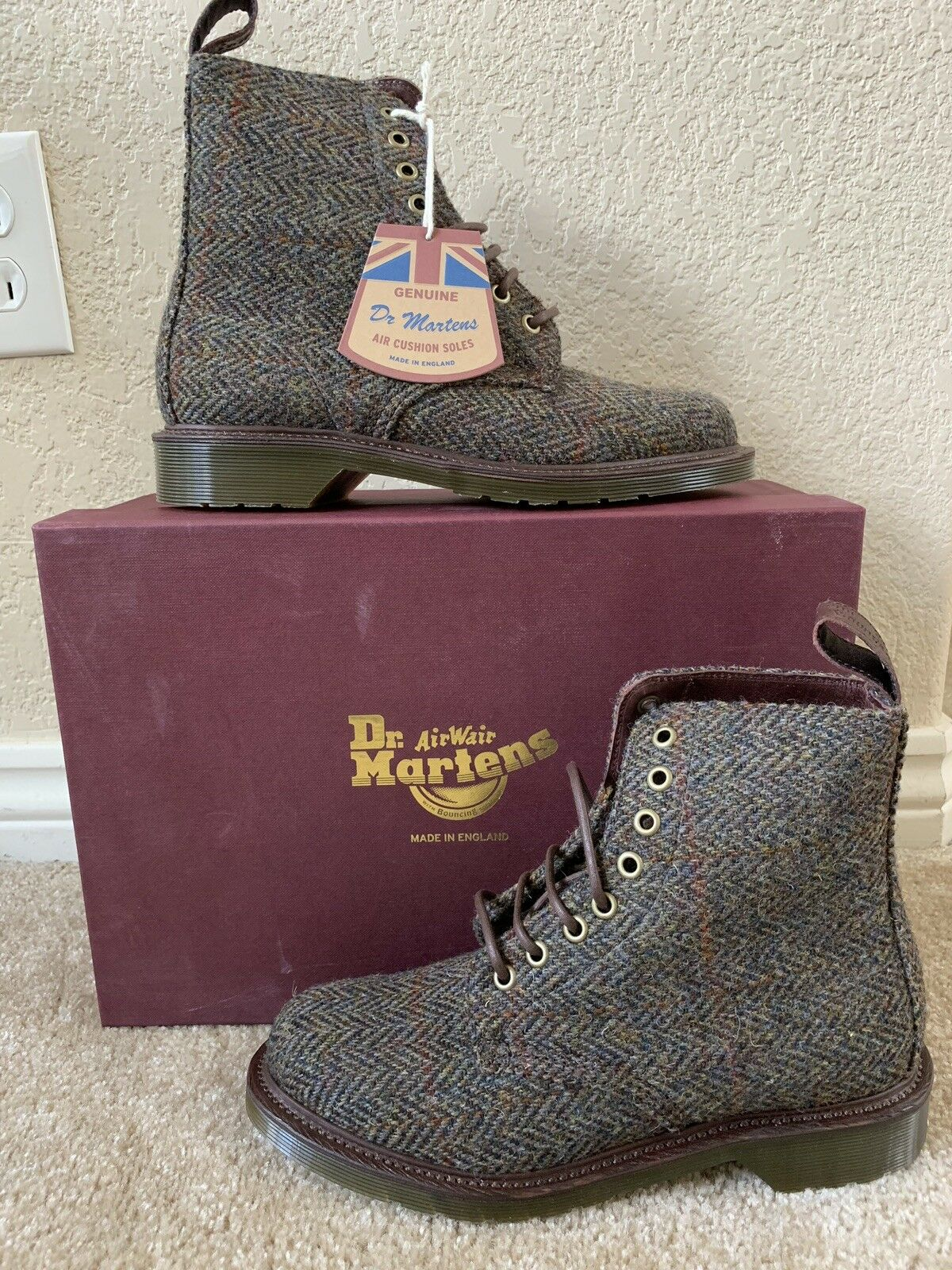 Dr. Martens Women`s 1460 Beckett Taupe LIMITED EDITION MIE US 7 EU 38 UK 5 LAST