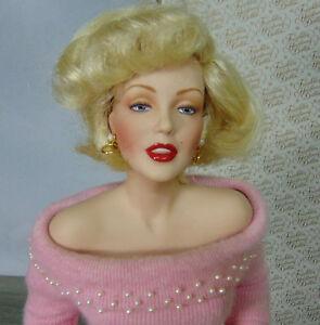 MIB Franklin Heirloom MARILYN MONROE 19034 Porcelain SWEATER GIRL DOLL Pink Pearls - Danville, Indiana, United States - MIB Franklin Heirloom MARILYN MONROE 19034 Porcelain SWEATER GIRL DOLL Pink Pearls - Danville, Indiana, United States