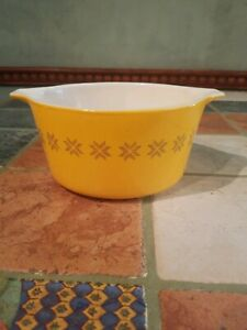 Pyrex Town and Country Bowl 473 1Qt Orange Casserole Dish (no lid)