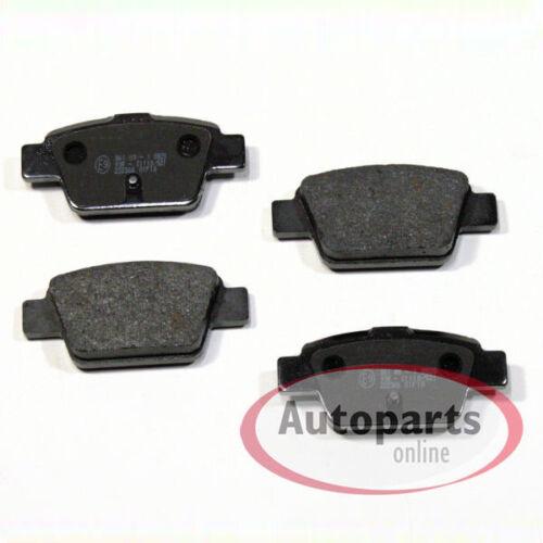 Bremsscheiben Bremsen Bremsbeläge Klötze für vorne hinten Fiat Stilo 192