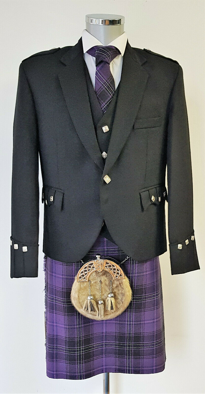Chieftain Passion Of Scotland Purple 8 Yard DELUXE Kilt Exclusive to us