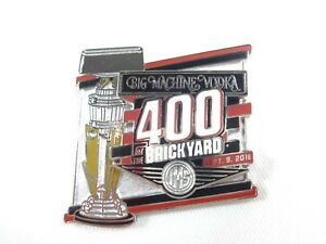 2018-Big-Machine-Vodka-400-At-The-Brickyard-Event-Trophy-Pin-Collector-Indy