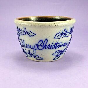 VINTAGE-MERRY-CHRISTMAS-BERRY-VINE-SALMON-FALLS-STONEWARE-BOWL-1995