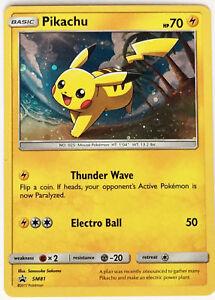 Pikachu-SM81-Galaxy-Holo-Pokemon-TCG-S-amp-M-Star-Promo-Nuevo-en-Black-mano