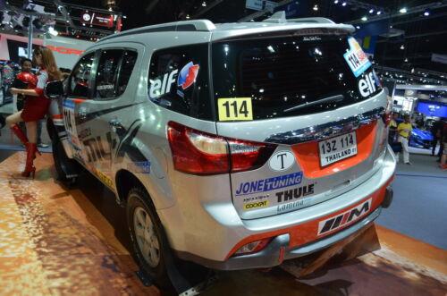 FITT CHROME+BLACK BACK TAIL REAR BUMPER PROTECT FOR ISUZU MU-X 4DR 2014-2015 SUV
