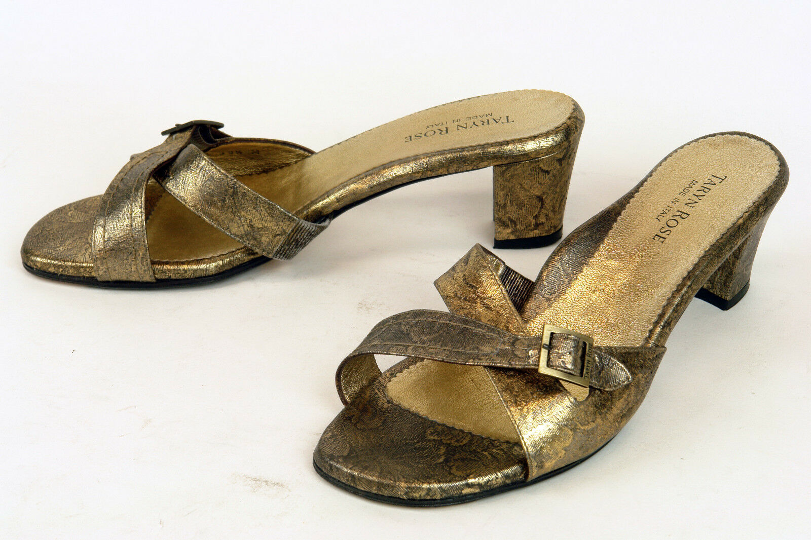 TARYN ROSE  IN ITALY  LUXURY MULE IN  AN OLD GOLD METALLIC / sz 39.5 M / EXCELLENT 1a9644