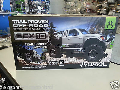 AXIAL 1/10 EP Trail Honcho RTR Rock Grawler 2.4GHZ 4X4 with Multi Charger & LIPO