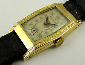 Antique-1930s-Art-Deco-Gold-Curved-Bulova-Wrist-Watch-NEEDS-WORK-LAYBY-AVAILAB