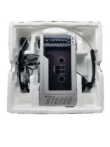 EXTREMELY RARE Hitachi walkman CP-200R. PROFESSIONALLY REFURBISHED. Read item