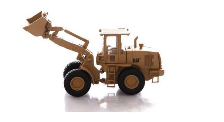 1 50 Caterpillar Cat 55250 Military 924H Versalink Wheel Loader  Diecast Model