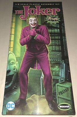 The Joker 1966 Batman Classic TV Serie 1:8 Model Kit Bausatz Moebius 956