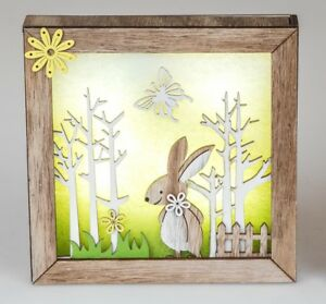Wood-Decoration-in-3D-Optik-Rabbit-with-LED-Light-and-Yellow-Flower-20x20cm