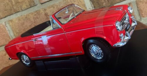 1955 GEUGEOT 403 1:18 Diecast Car Welly COLLECTION  RED