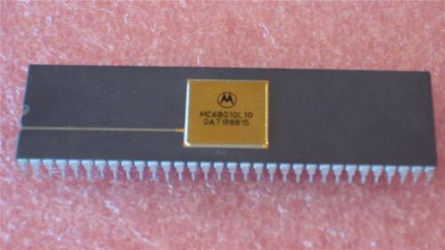 MC68010L10 MC68010 MOTOROLA PROCESSOR 64 PIN DIP PACKAGE QTY 1