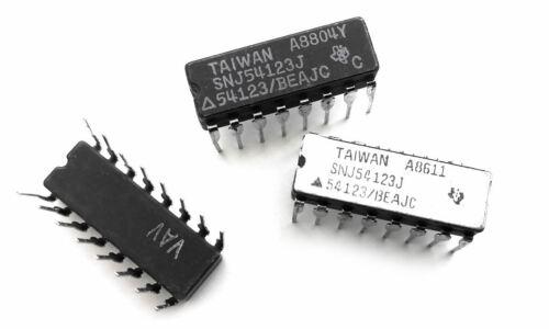 2 pcs SNJ54123J DUAL MONOSTABLE MULTIVIBRATOR 54123 IC SN54123J // DM54123J