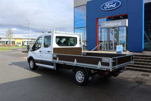 Ford Transit 350 L3 Chassis 2,0 TDCi 170 Db.Kab Trend FWD - billede 2