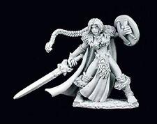 Viking Girl 02939 - Dark Heaven Legends - Reaper MiniaturesD&D Wargames