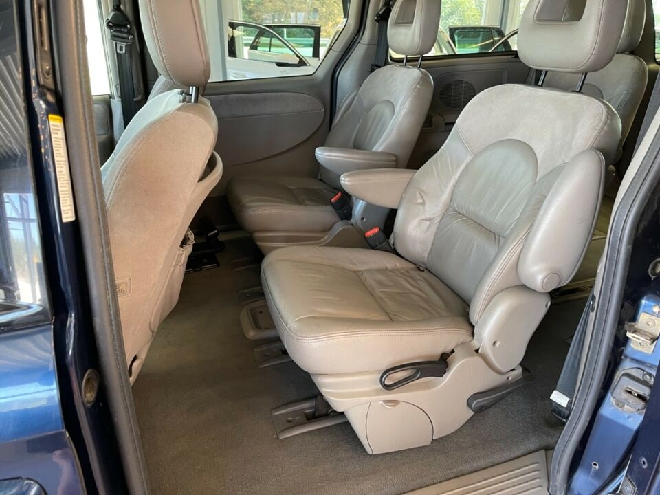 Chrysler Grand Voyager 3,3 Limited aut. Benzin aut.