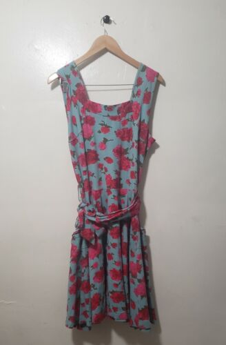 Modcloth Effies Heart floral 2X Midi dress