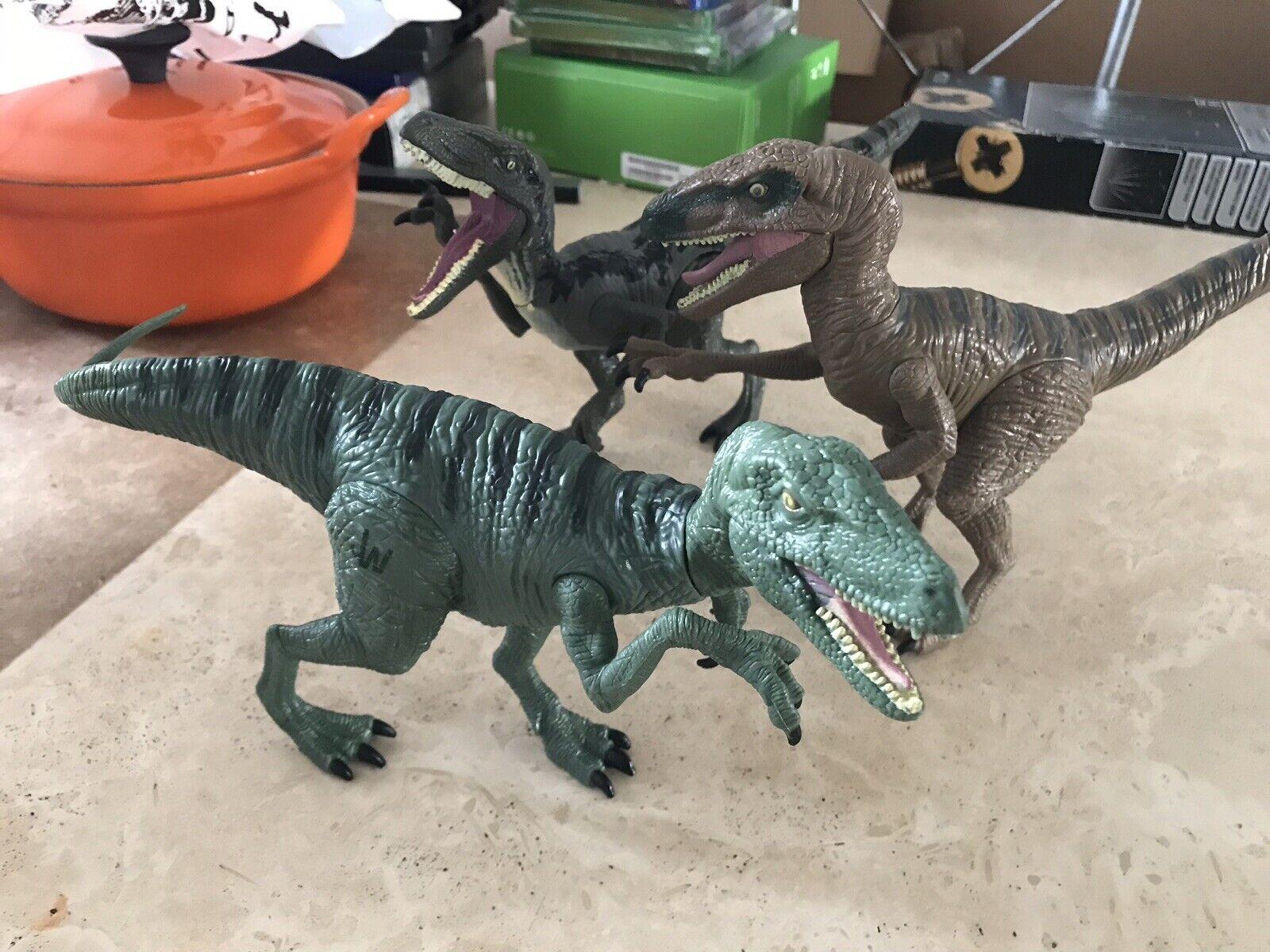 3 x JW Velociraptor Delta Raptor Jurassic World figure toy