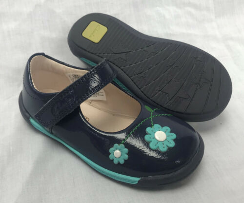 BNIB Clarks Girls Softly Jam Navy Patent Leather First Shoes E F /& G Fitting
