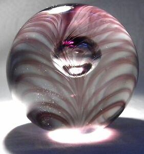 LANGHAM-GLASS-PAPERWEIGHT-PULLED-FEATHER