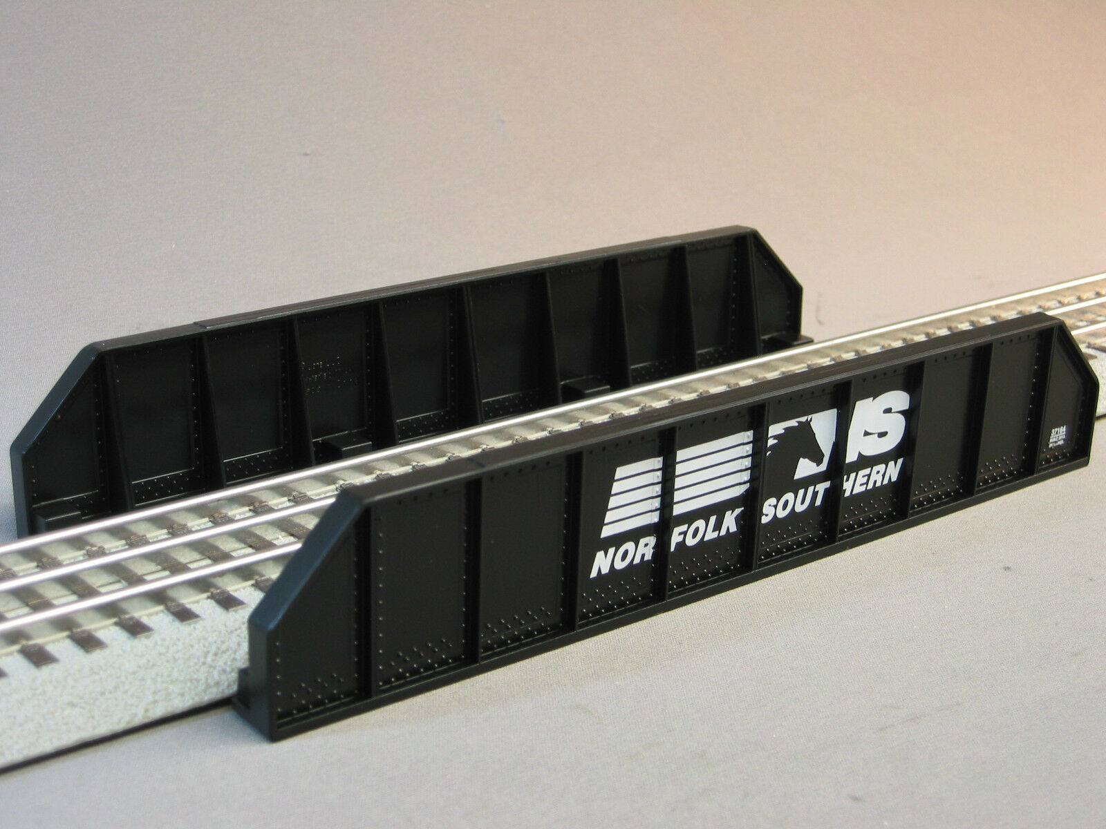 LIONEL Norfolk Southern Girder Bridge o gauge train ns 6-37164  NIB NR DISC