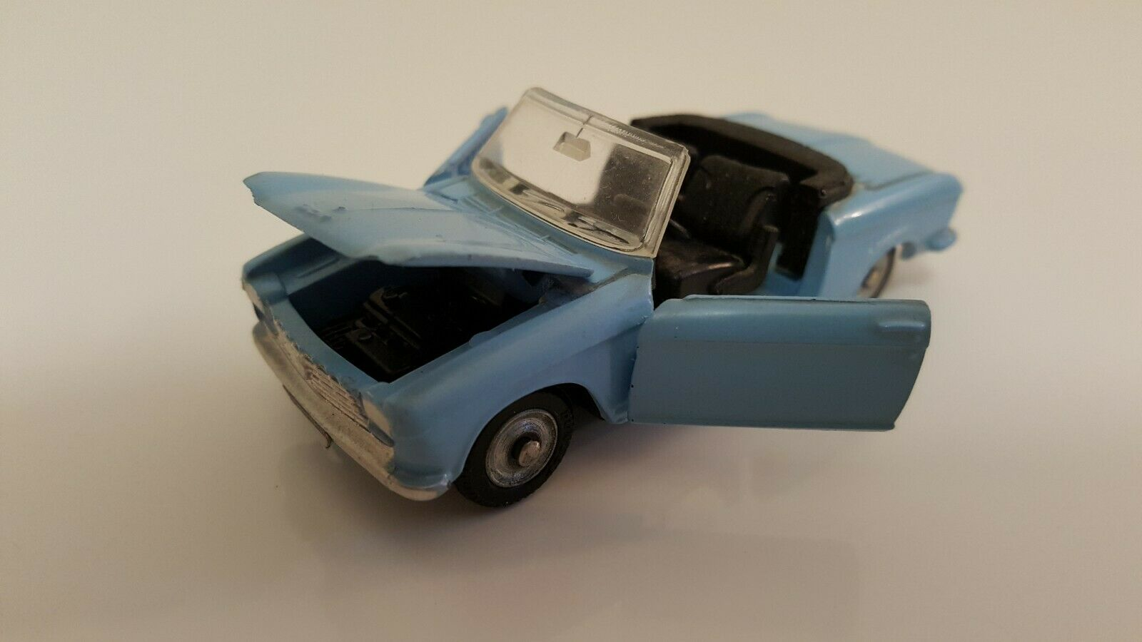 excelentes precios Dinky Juguetes - 511 - Peugeot 204 204 204 Cabriolet VN Mint  diseño simple y generoso