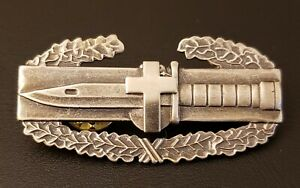 Combat-Action-Chaplain-Badge-US-Army-Cross-CAB-Military-Insignia-Uniform-Pin