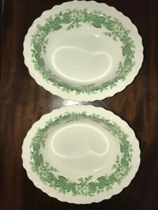 2-Green-Wedgwood-of-Etruria-amp-Barlaston-BRAMBLE-9-7-8-034-Oval-Vegetable-Bowl