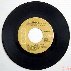 1976-039-S-45-R-P-M-RECORD-CAROL-DOUGLAS-MIDNIGHT-LOVE-AFFAIR-Edited-version
