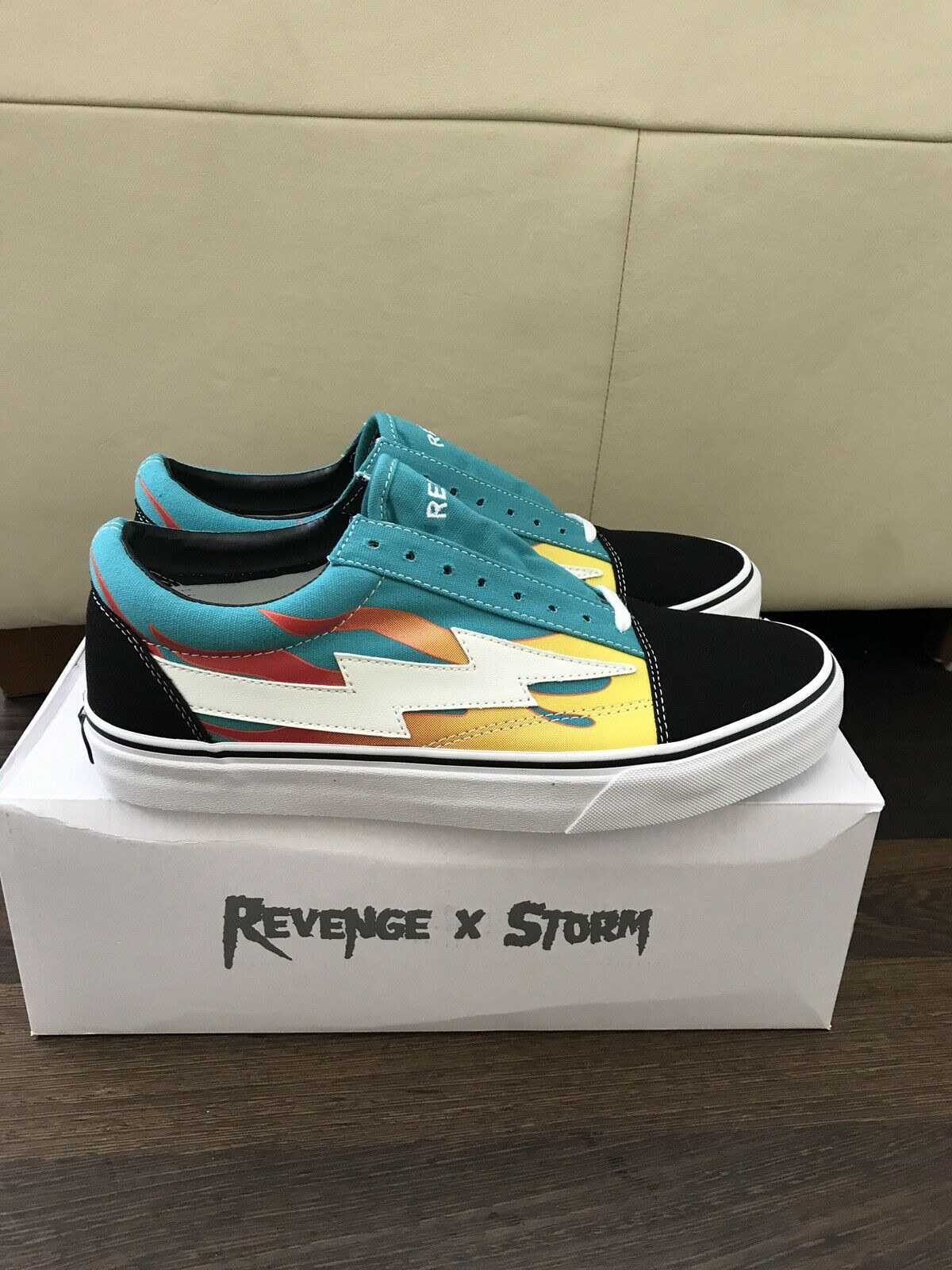 Revenge X STORM turquoise flammes taille 11