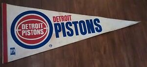Vintage-NBA-pennant-flag-Basketball-Detroit-Pistons-29-039-039-inches-long-Pennant