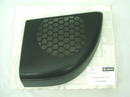 ORIGINALE Mercedes-Benz C Coupe Porta Rh Altoparlante Griglia Nero 20372704889051