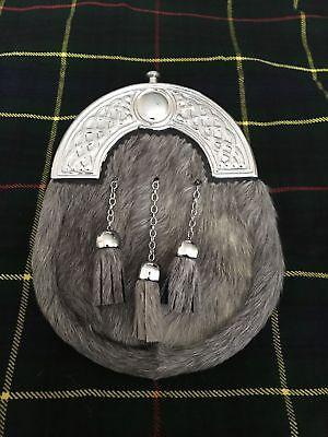 Accurato Abito Completo Kilt Lo Sporran Grigio Bovina Celtic Cantle/kilt Scozzese Sporran Bovina-h Kilt Sporrans Bovine It-it