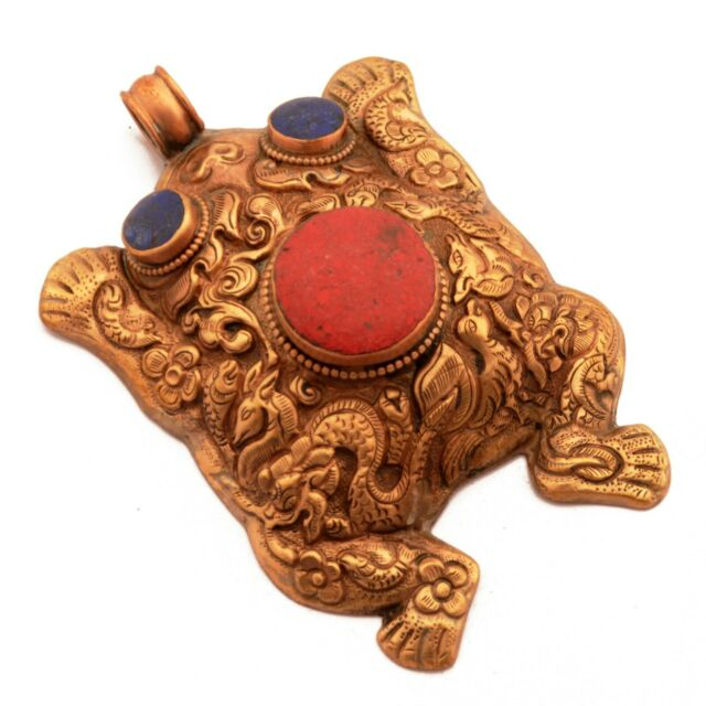 Repousse Coral Lapis Copper Frog Pendant Tibetan Nepalese Handmade Nepal PD968