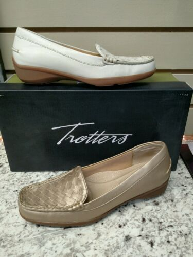 TROTTERS ~ ZANE ~ IN OFF-WHITE  OR  GOLDWASH  LEATHER LOAFER REG $120